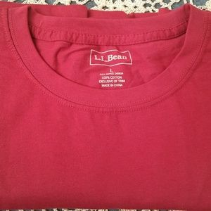 L.L. Bean T-Shirt with one front pocket